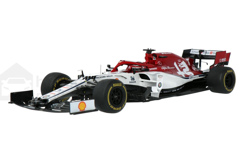 Alfa Romeo Racing C38 Ferrari - Modelauto schaal 1:18