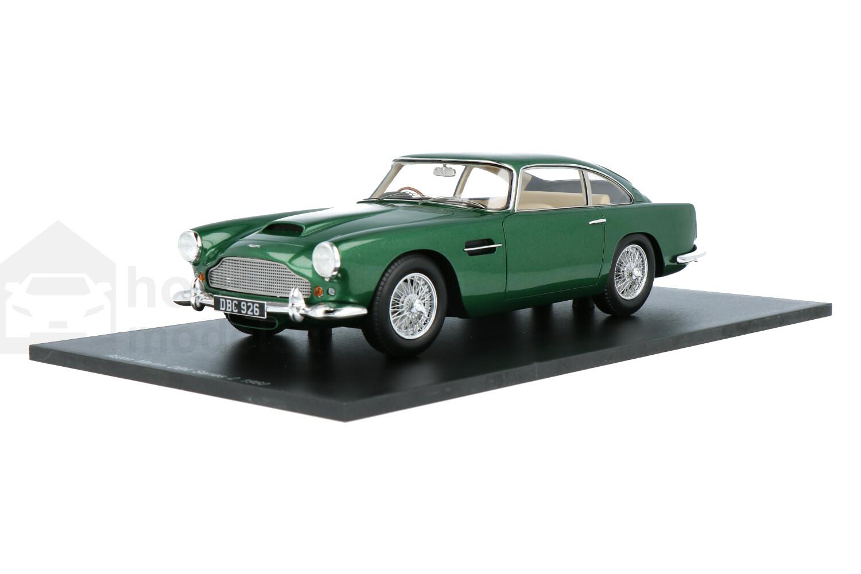 Aston Martin DB 4 Series II - Modelauto schaal 1:18