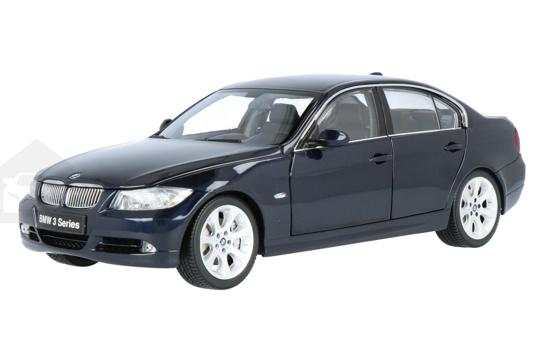 BMW 330i - Modelauto schaal 1:18