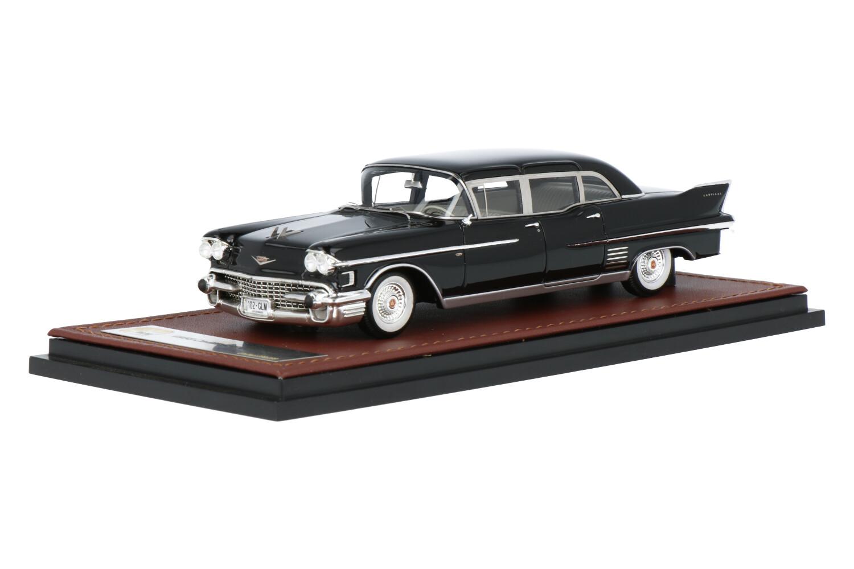 Cadillac Fleetwood 75 - Modelauto schaal 1:43