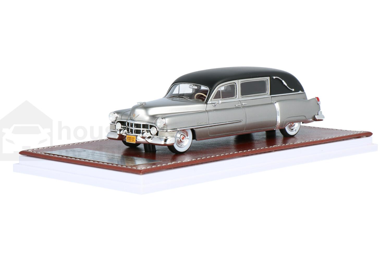 Cadillac Superior Landaulet Hearse  - Modelauto schaal 1:43