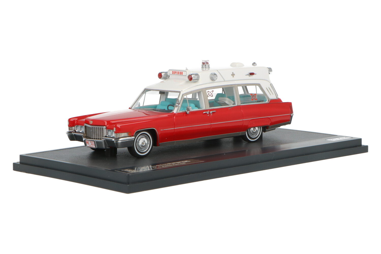 Cadillac Superior 51+ Ambulance - Modelauto schaal 1:43