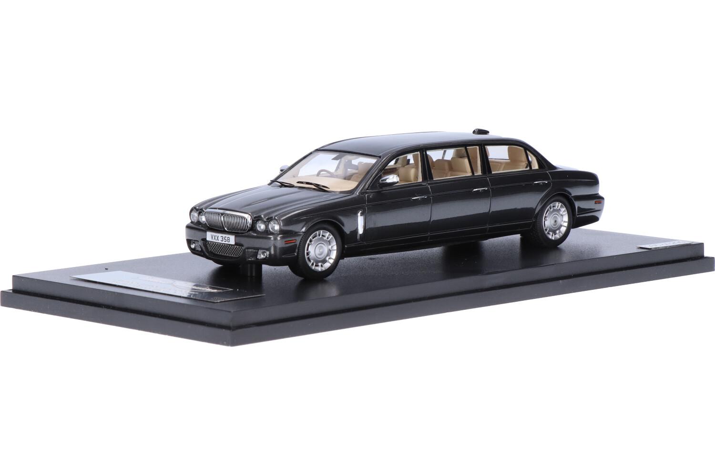 Daimler Super Eight X358 Wilcox Limousine 6-door - Modelauto schaal 1:43