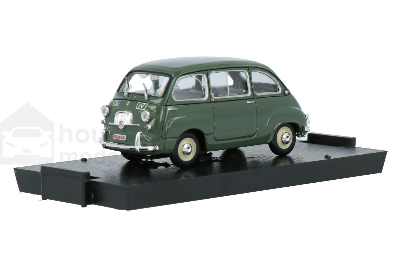Fiat 600D - Modelauto schaal 1:43