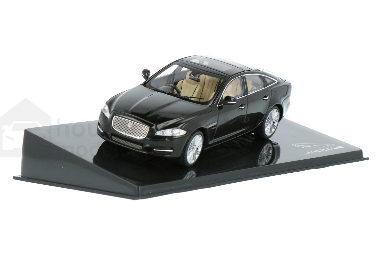 Jaguar XJ - Modelauto schaal 1:43