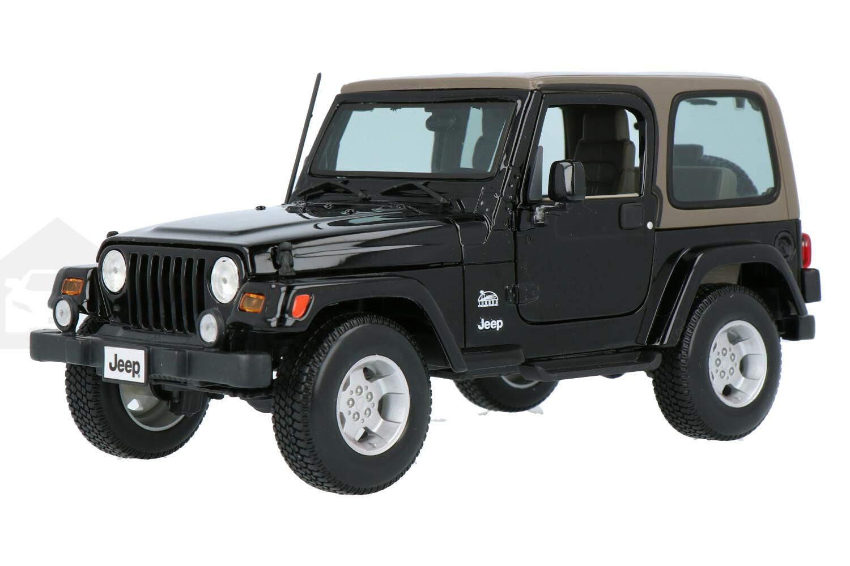 Jeep Wrangler Sahara - Modelauto schaal 1:18