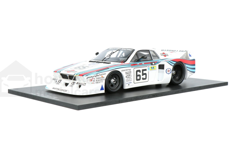 Lancia Beta - Modelauto schaal 1:18