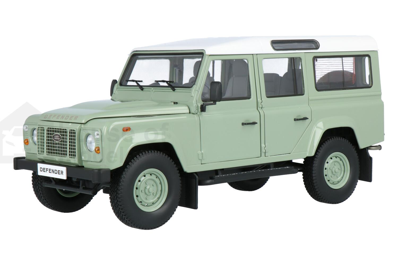 Land Rover Defender 110 - Modelauto schaal 1:18