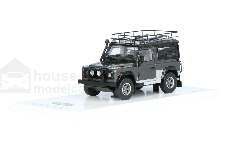Land Rover Defender 90 (Tomb Raider Special Edition) - Modelauto schaal 1:43