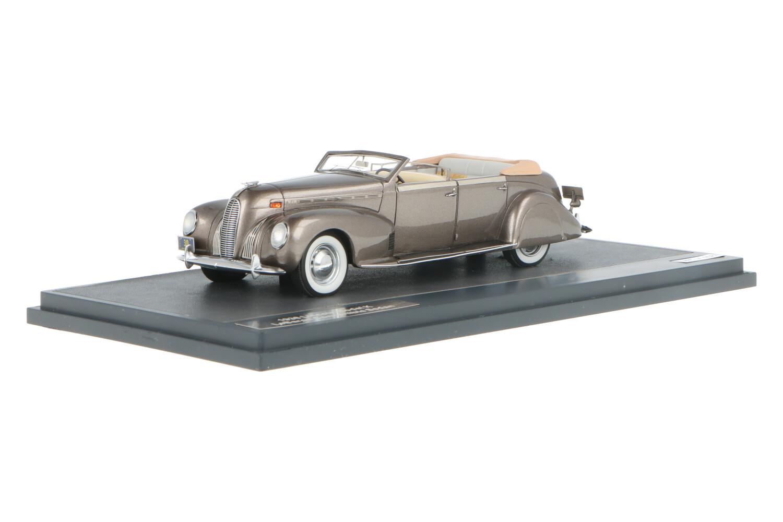 Lincoln Model K LeBaron Convertible Sedan - Modelauto schaal 1:43