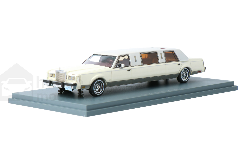 Lincoln Town Car Limousine - Modelauto schaal 1:43