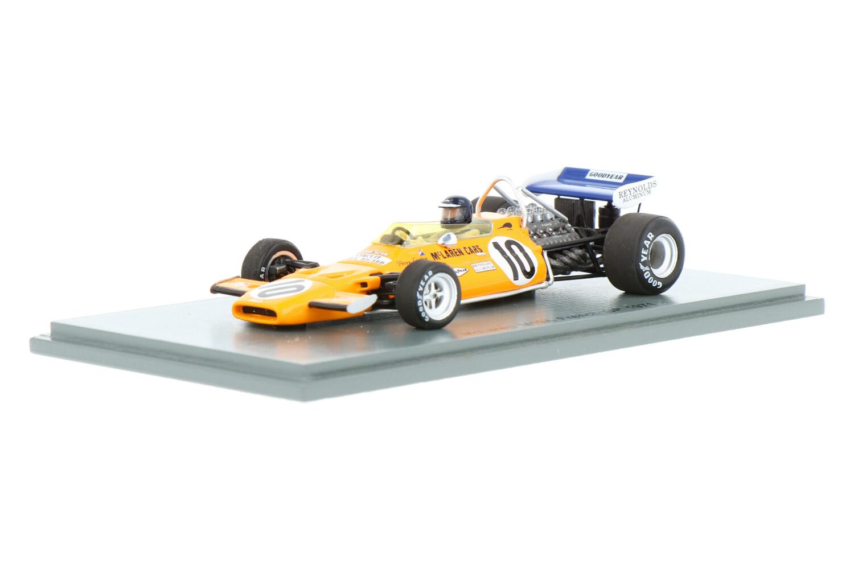 McLaren M19A - Modelauto schaal 1:43