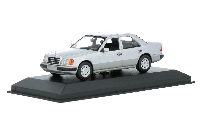 Mercedes-Benz 230E - Modelauto schaal 1:43