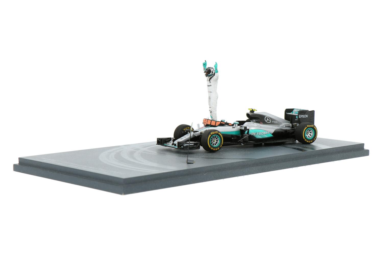 Mercedes-AMG F1 W07 Hybrid - Modelauto schaal 1:43