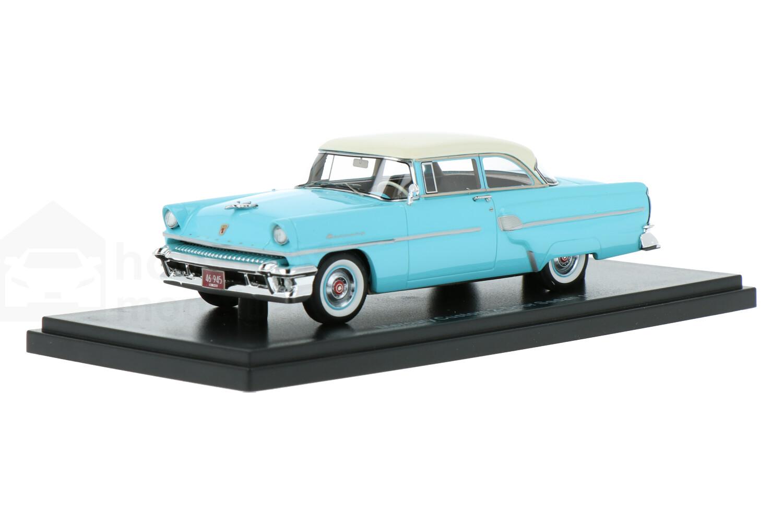 Mercury Custom 2-Door Sedan - Modelauto schaal 1:43