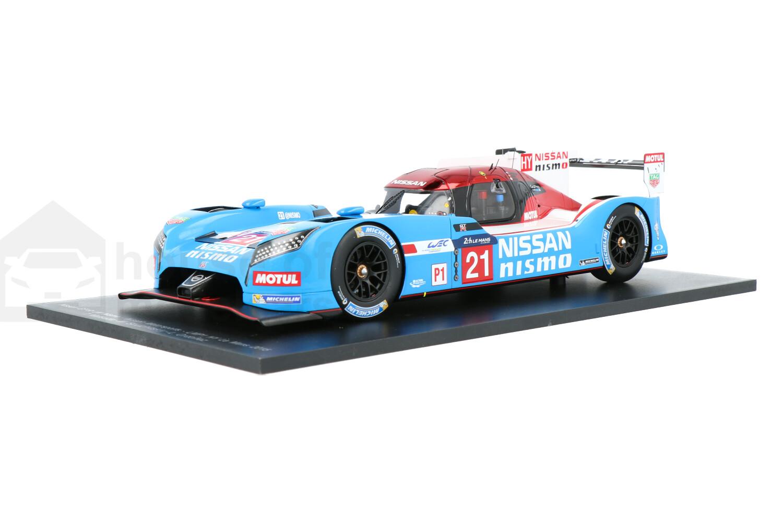Nissan GT-R LM Nismo - Modelauto schaal 1:18