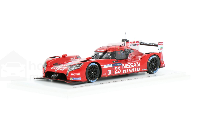 Nissan GT-R LM Nismo - Modelauto schaal 1:43
