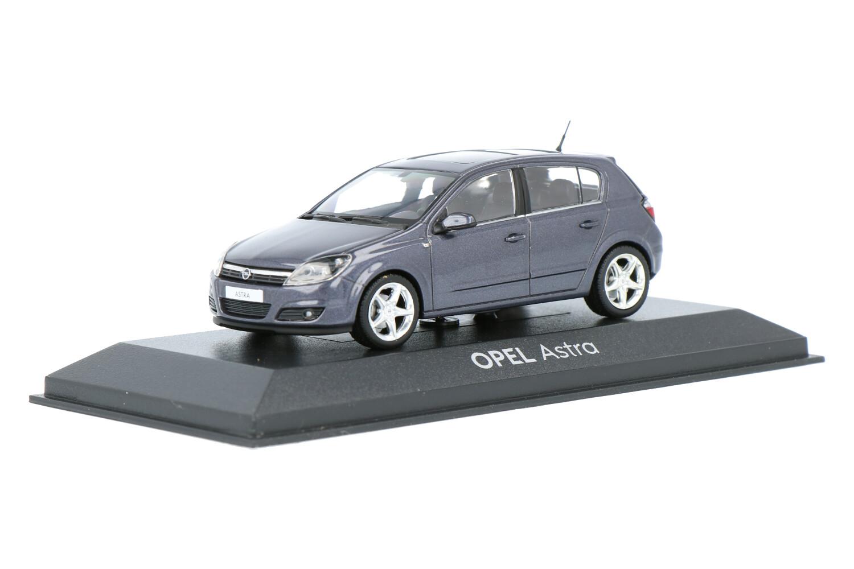 Opel Astra - Modelauto schaal 1:43