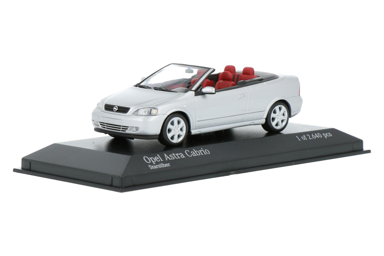 Opel Astra Cabriolet - Modelauto schaal 1:43