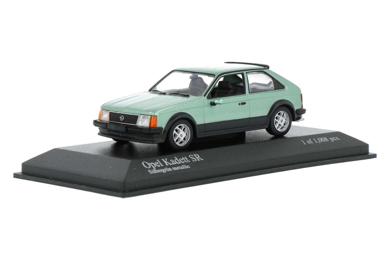 Opel kadett SR - Modelauto schaal 1:43