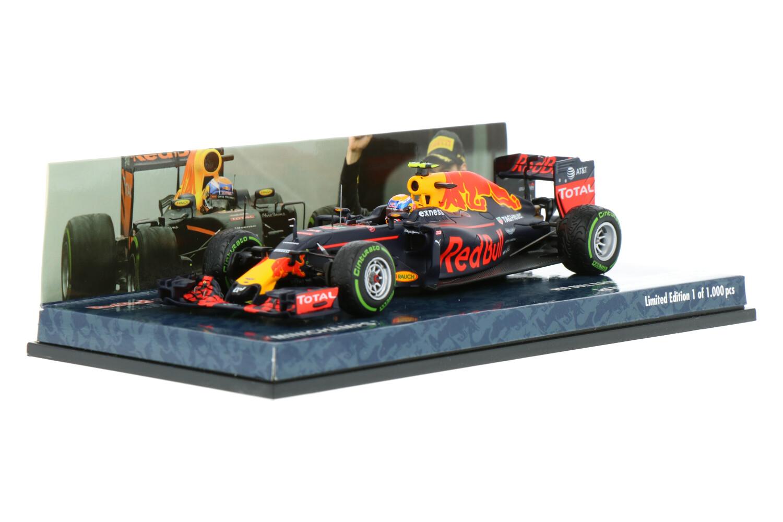 Red Bull Racing RB12 - Modelauto schaal 1:43