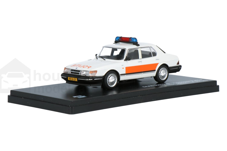 Saab 900i - Modelauto schaal 1:43