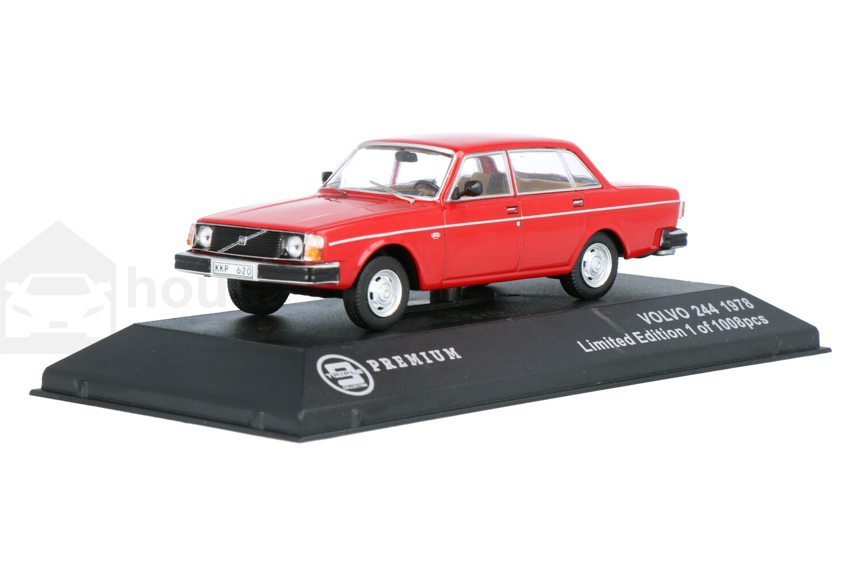 Volvo 244 - Modelauto schaal 1:43
