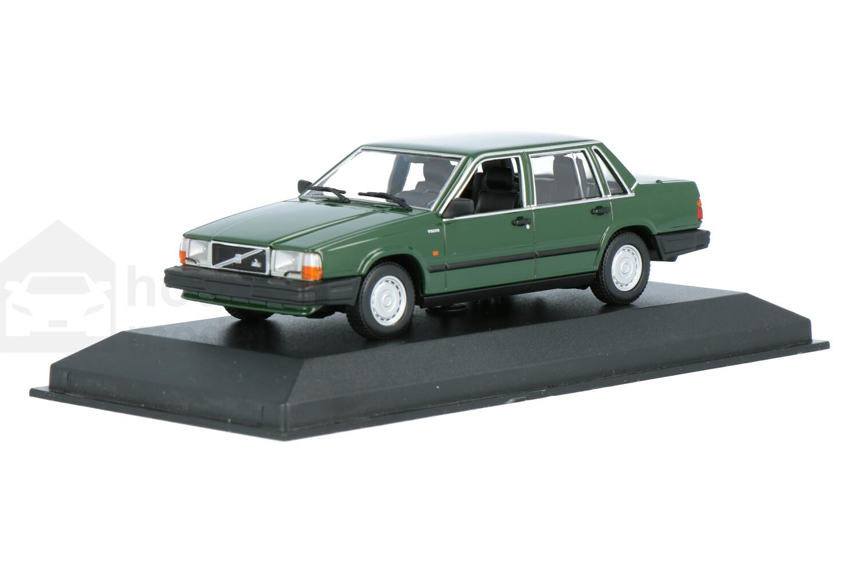 Volvo 740 - Modelauto schaal 1:43
